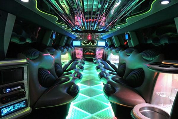14 Person Hummer Limo Rental Kansas City