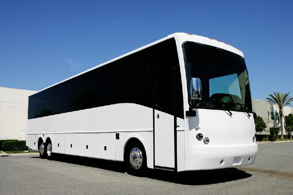 50 Person Charter Bus Service Kansas City